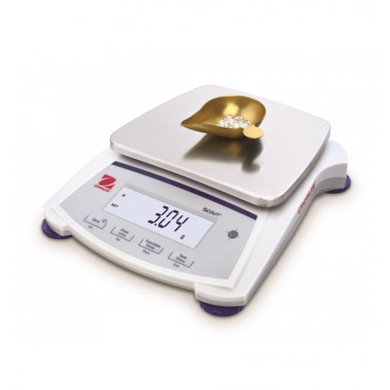 Obchodná zlatnícka váha scout SJX 620G